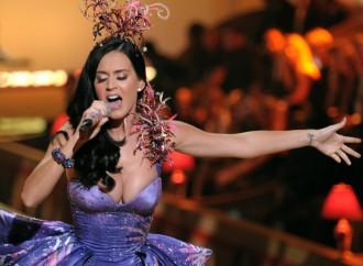 The Love Triangle Of Orlando Bloom, Katy Perry & Selena Gomez—Report