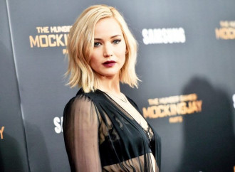 Jennifer Lawrence Doesn't Want to Take a Photo With You