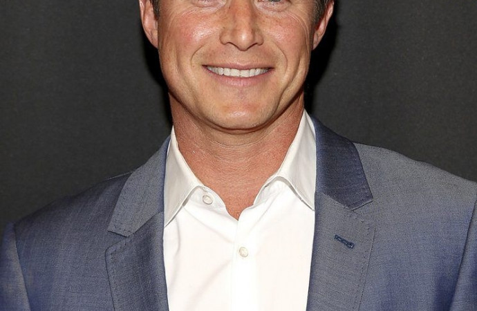 Billy Bush Is 'Trying to Get Back on TV' — Watch Him Sing About It in His 'Grease'-Inspired Post!