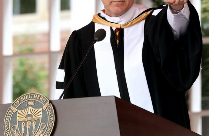 Will Ferrell Roasts United and Trump U During Hilarious USC Commencement Speech
