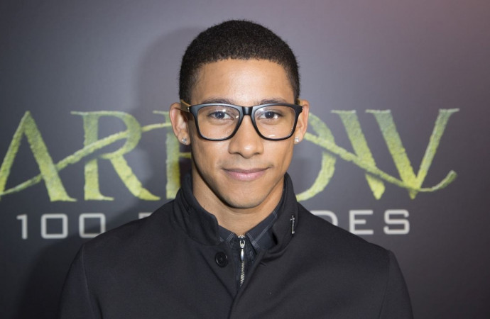 'The Flash' Star Keiynan Lonsdale Comes Out as Bisexual: 'I've Become Bored of Being Insecure, Ashamed, Scared'