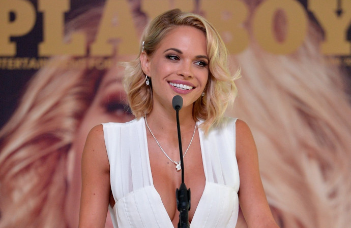 Playboy Model Dani Mathers Pleads No Contest for Posting Locker Room Pic of Naked Woman