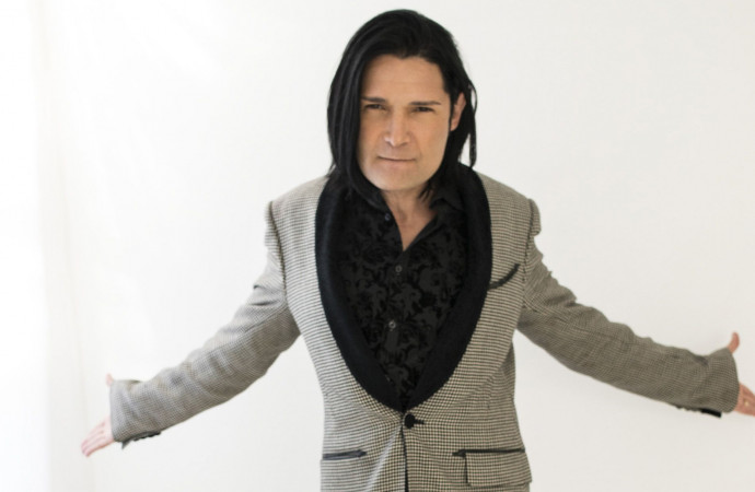 Corey Feldman Stopped Performing Mid-Concert to Find His Missing Tooth