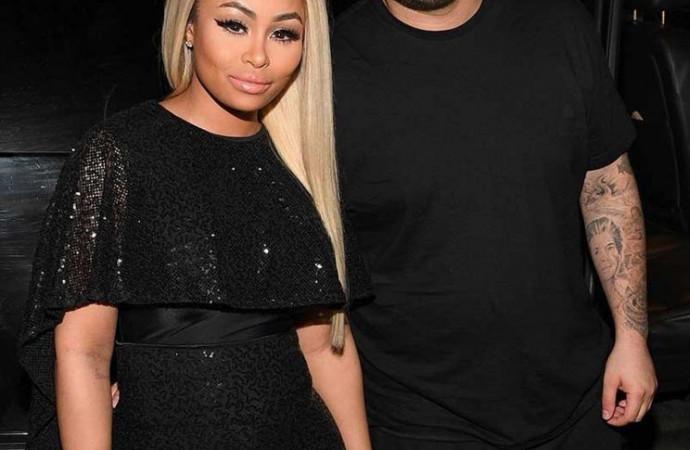Rob Kardashian Puts 'Cheating' Ex Blac Chyna on Blast with Explicit Photos & Text Receipts