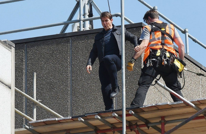 Tom Cruise Breaks Ankle During 'Mission Impossible: 6′ Stunt, Production to Go on Hiatus