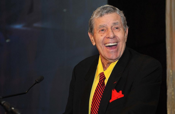 Jerry Seinfeld Reveals Jerry Lewis Joined Him on 'Comedians in Cars' Before He Died as Cause of Death Revealed