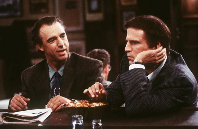 'Cheers' actor Jay Thomas dead at 69