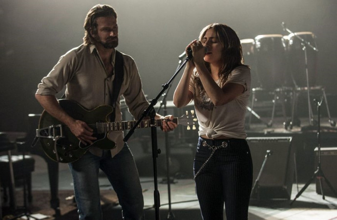 Bradley Cooper-Lady Gaga's 'Star is Born' moves to May 2018