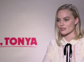 How 'cheap strip malls' helped Margot Robbie's stunning 'I, Tonya' transformation