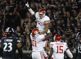 Houston Cougars escape upset – and look like title contenders while doing so