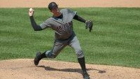 Brad Ziegler signs with the Marlins