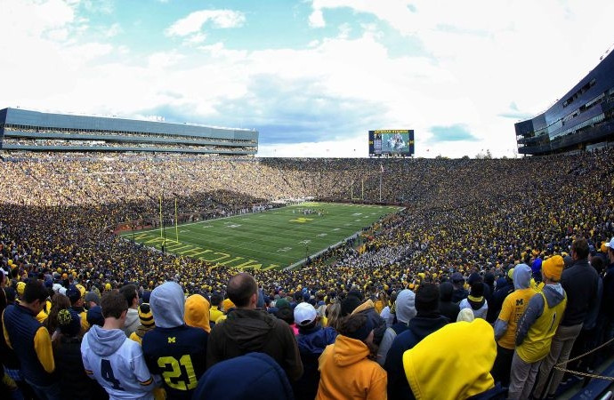 Michigan announces completed football schedules for 2018 and 2019 seasons