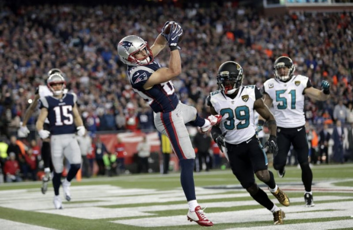 AFC championship: Patriots need fourth-quarter comeback to beat Jaguars
