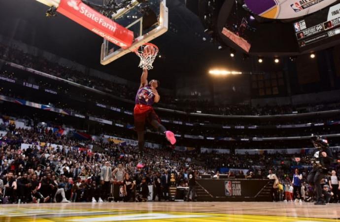 Jazz rookie Donovan Mitchell tops Cavs' Larry Nance Jr. to win 2018 Verizon Slam Dunk contest