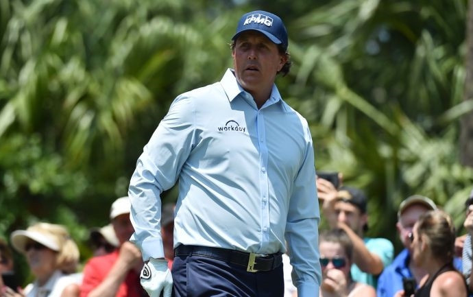 2018 Players Championship: This is why Phil Mickelson is wearing a long-sleeve dress shirt