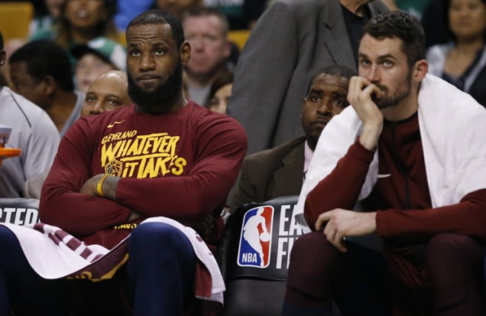 Adversity strikes Cavs yet again, but LeBron James isn't fazed by latest challenge