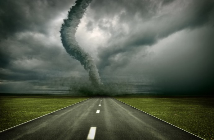 Five Myths About Tornado and Hurricanes That Can Cost You Life