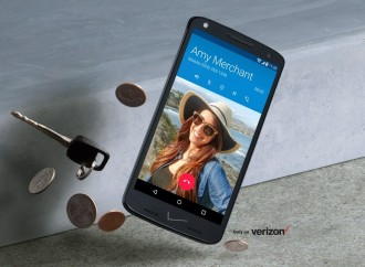 Motorola Unveils Smartphone With Shatterproof Display and 48-Hour Battery