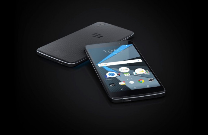 BlackBerry unveils second, cheaper, Android device