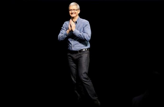 Apple CEO uses sofa analogy to explain Qualcomm lawsuit