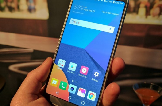 The LG G6: This smartphone is all screen