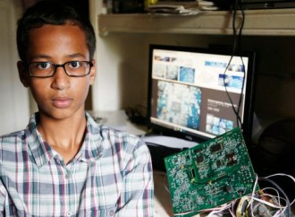 Ahmed Mohamed arrested for bringing a homemade clock to school