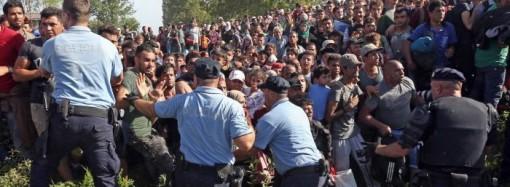 Croatia closed border with Serbia as the refugee crisis escalates
