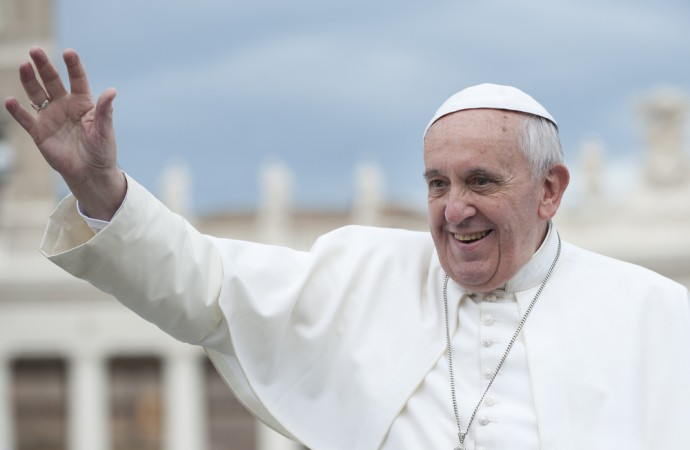 Barack Obama Hails Pope Francis To The White House