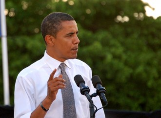 Obama Talks About Oregon Shooting, Demands More Gun Control