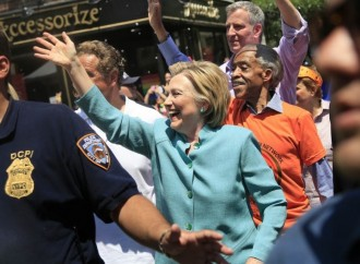 Hillary Clinton makes surprise appearance in NYC Pride Parade