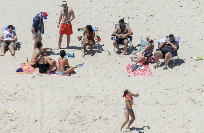 Chris Christie dismisses outrage over his use of shuttered N.J. public beach