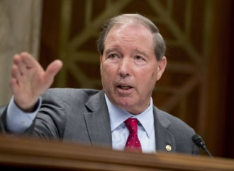 Sen. Tom Udall wants EPA to ban neurotoxic chemical: 'Scott Pruitt doesn't listen to science'