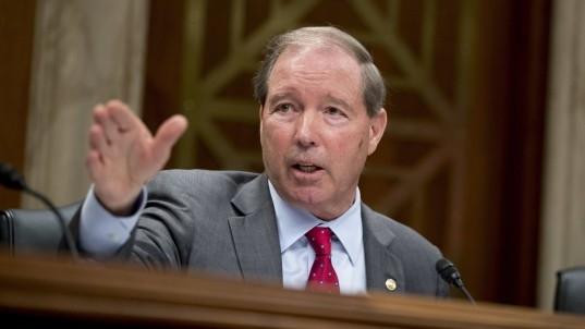 Sen. Tom Udall wants EPA to ban neurotoxic chemical: 'Scott Pruitt doesn't listen to science'